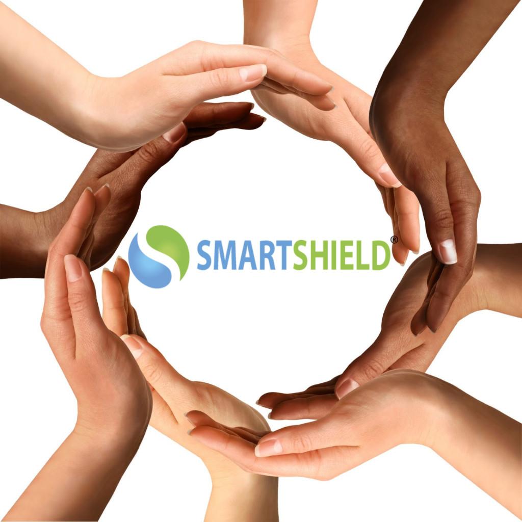 smartschield logo met handen er om heen